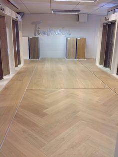 Timberwise showroom in Parkett og Gulv shop in Sandnes, Norway. Oak Herringbone, Oak 222 and Oak 260 in the floor.