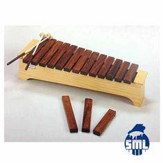 Xilofones, metalofones, flautas de bisel bem como muitos outos instrumentos de iniciação musical (Orff), compre no Salão Musical de Lisboa.