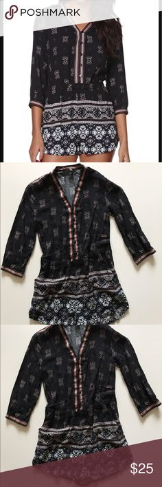 Kendall & Kylie Black Boho Romper Size XS 💕✨ Beautiful Boho Design Black Kendall & Kylie Romper. In Small and Size XS. 💕 The XS one is a reposh and has the elastic waistband pulled out of it. Still super cute! 💕 Kendall & Kylie Dresses Mini