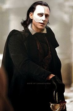 Loki as The Phantom of the Opera. <3 <3 <3 >>> NO. WHO TOLD YOU YOU COULD DO THAT? THE FEELS. TOO MUCH. I CAN'T EVEN.