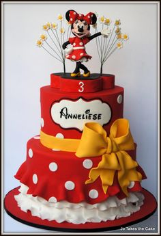 A Red and white themed Minnie Mouse cake