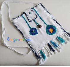 peştemal heybe. Lütfen fiyat bilgisi ve siparişleriniz için rengarenkoku@gmail.com adresine e- posta yollayınız.instagram adresimizden ya da  facebook sayfamızdan tasarımlarımızı izleyebilir, mesaj yollayabilirsiniz. Textile Jewelry, Fashion Bags, Serum, Pouch, Textiles, Purses, Boho, Sewing, My Style
