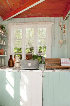 Pretty Vintage Shabby Kitchen