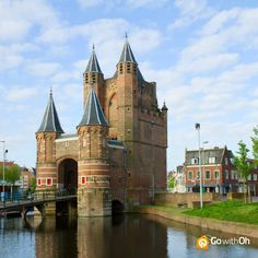 """Did you know? #Amsterdam used to be a walled city... And this """"Waag"""" was the city gate! https://www.facebook.com/photo.php?fbid=677064368974470=a.392878497393060.111359.382262905121286=1=1 #GowithOh"""
