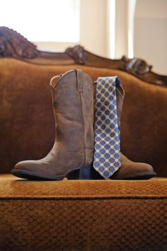 boots and tie to create a casual country style groom look #groom #countrywedding #weddingchicks http://www.weddingchicks.com/2014/01/22/classy-country-wedding/
