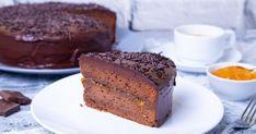 Merj belevágni: Ennyire egyszerű Sacher-tortát sütni!   Femcafe Banana Bread, Food, Essen, Meals, Yemek, Eten