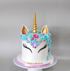 Unicorn cake by Delice