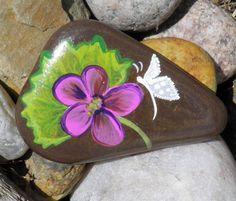 Hand painted Idaho Rock    Paper Weight, desk/shelf sitter/novelty    Great Christmas Stocking Stuffer Idea    I love rocks. Every summer I take a
