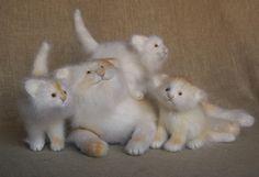 Natacha Fadeeva - http://www.fadeeva.com/beasts/fadeeva_cat_n_kittens5.jpg