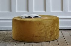 round x H Round Pouf make custom to work with room and chair Leather Chaise Lounge Chair, Leather Ottoman, Chair And Ottoman, Chair Cushions, Living Room Lounge, Accent Chairs For Living Room, Used Chairs, Bar Chairs, Compact Table And Chairs