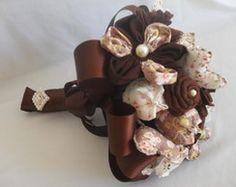 Buquê Vintage de flores de tecidos