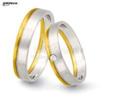 Oro bianco satinato e giallo: guarda tutte le fedi nuziali più belle >> http://www.lemienozze.it/operatori-matrimonio/gioielli/flores_gioielli/media/foto/3