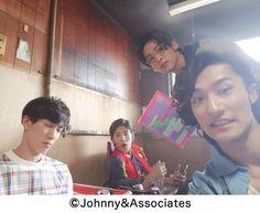 すの日常 岩本照 - Johnny's web Johnny's Web, Snowman, Fangirl, Actors, Guys, Fan Girl, Snowmen, Sons, Boys