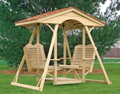 Double face to face swing for the backyard. Outdoor furniture I really want one of these. Lawn Swing, Garden Swing Seat, Wood Swing, Patio Swing, Garden Swings, Gazebo, Diy Pergola, Pergola Kits, Pergola Ideas
