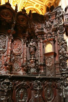 Mezquita de Cordoba, Spain. Choir Stalls - Richly carved choir stalls dating from the 18th century. Credit: Holly Hayes