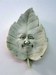1028 Linden B. Leaf #carruth #leaf #fall #leaves #autumn #face #plaque #garden #handmade #usa