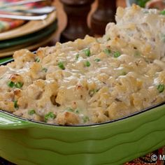 Family-Favorite Tuna Noodle Casserole: Yum! Looks like this is a great dish for big families or crowds too!