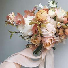 Lush peachy pink and blush bouquet ~ we ❤️ this! moncheribridals.com