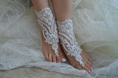 ***********************************DESCRIPTION******************************* Beach weddings are a great accessory for The ideal design for your wedding photos. Lycian and very ergonomic. Beach weddings are a great accessory for. Unusual product Lace barefoot. For the bride, the ideal accessory for your wedding a nice gift for bridesmaid.   ***********************************DO NOT FORGET*************************** * Is ordered and posted immediately * Free Shipping All Products * First…