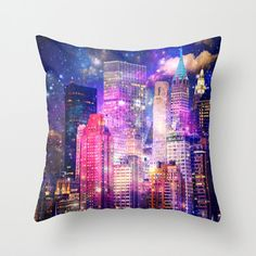 New York pillow/NYC pillow/pillow by haroulitasDesign on Etsy