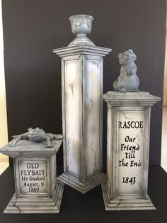 My own props : Haunted mansion pet cemetery 2015 Need to fill vase with flowers and it will be done ✔️