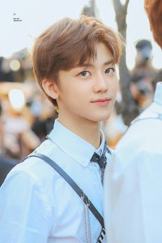 Read Love struck (Jaemin) from the story NCT ambw imagines by (Monobrow🤟🏽🤟🏽) with reads. Nct dreams new song is absolutely beauti. Yang Yang, Taeyong, Jaehyun, Nct 127, Jeno Nct, Winwin, Lob, K Pop, Ntc Dream