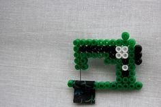 strijkparels / sewing machine with hamma beads