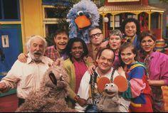 Cast Sesamstraat, met Lex Goudsmidt nog. Ik heb zelfs nog een elpee waar Piet nog op staat....heeel lang geleden!