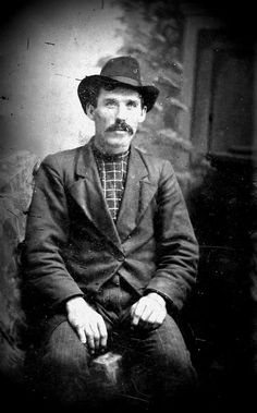 Morgan Earp - Find A Grave Memorial Morgan Earp, Old West Outlaws, Famous Outlaws, Old West Saloon, Old West Photos, Tombstone Arizona, Wild West Cowboys, Wyatt Earp, Historical Pictures