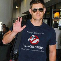 Jensen in an awesome Ghostbusters/Winchesters shirt. Ghostbusters x Supernatural- Jensen in an awesome Ghostbusters/Winchesters shirt. Ghostbusters x Supernatural Dean Winchester, Sam And Dean Supernatural, Supernatural Bloopers, Supernatural Tattoo, Supernatural Wallpaper, Supernatural Quotes, Supernatural Fandom, Supernatural Fashion, Supernatural Merchandise