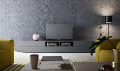 Mueble de TV lacado en gris Oscuro de ALf Dafre. Con 5 Cajones y un hueco dividido. Puedes encontrarlo en www.retama.es