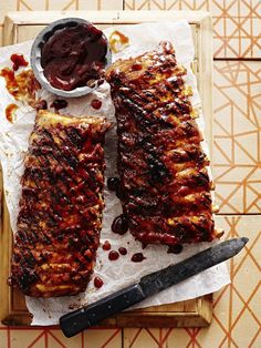 These ribs are coated with a delicious peach-mustard barbecue sauce. If you love fruit based barbecue sauces, then this is definitely a must try recipe.