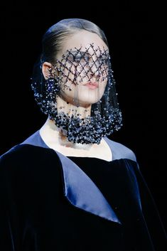 The complete Armani Privé Fall 2012 Couture fashion show now on Vogue Runway. Couture Fashion, Fashion Art, Runway Fashion, Fashion Show, Fashion Design, Indian Fashion, Fall Fashion, Armani Prive, Giorgio Armani