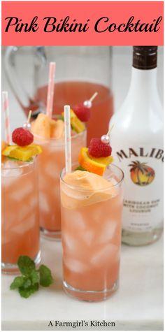 Pink Bikini Cocktails are a sweet and tropical tasting cocktail that .Pink Bikini Cocktails are a sweet and tropical-tasting cocktail that . - Drinks - Bikini Cocktail Cocktails der Drinks The Cosmopolitan - A Modern Malibu Cocktails, Sweet Cocktails, Easy Cocktails, Malibu Mixed Drinks, Easy Mixed Drinks, Simple Cocktail Recipes, Sweet Mixed Drinks, Tropical Mixed Drinks, Summer Mixed Drinks