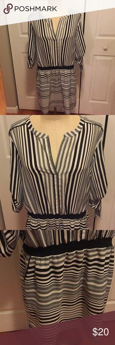 NEW XL dress with pockets NEW Daisy Fuentes, XL black and white dress, has pockets, shell: 100% polyester, lining: 100% polyester Daisy Fuentes Dresses