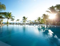 Hôtel Lux Grand Gaube Best Resorts, Hotels And Resorts, Lux Grand Gaube, Beautiful Islands, Beautiful Places, Villas, Spa, Most Luxurious Hotels, Exotic Places