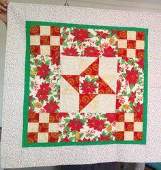 Toalha de Natal em patchwork.