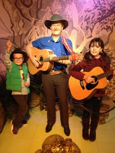 With Slim Dusty. Wax Museum, Visit Australia, Good Old, Country Music, Sydney, King, Slim, Places, Country
