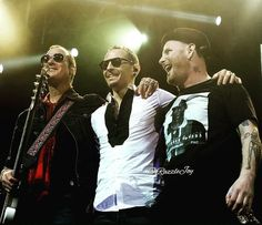 Robert DeLeo (Stone Temple Pilots), Chester Bennington (Linkin Park & Dead By Sunrise) & Corey Taylor (Slipknot & Stone Sour)