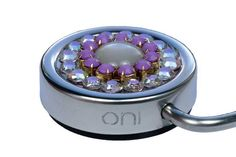 ONI Lily - Exclusive bag hanger with beautiful Swarovski crystals. Bag hanger handbag holder tassenhanger tassenhaak väskhängare. www.youroni.com