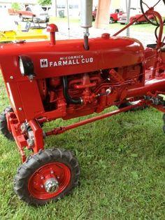 International Pickup Truck, International Tractors, International Harvester, John Deere Garden Tractors, Lawn Mower Tractor, Small Tractors, Case Tractors, Antique Tractors, Vintage Tractors
