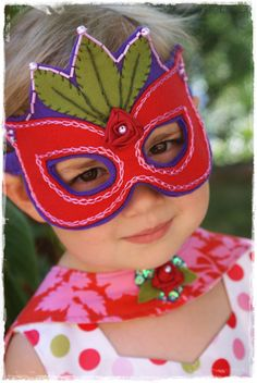 Super Princess Mask PDF Pattern by oxeyedaisey on Etsy ::  http://www.etsy.com/shop/oxeyedaisey