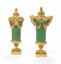 A PAIR OF NEOCLASSICAL ORMOLU-MOUNTED PORCELAIN COVERED VASES, FIRST THIRD 19TH CENTURY