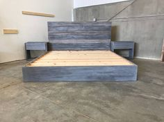 DIY Bed Frames - The Michelle Grey Weathered Reclaimed wood Bed Frame Pallet Beds, Pallet Furniture, Bedroom Furniture, Bedroom Decor, Diy Pallet, Furniture Nyc, Furniture Removal, Pallet Projects, Bedroom Ideas