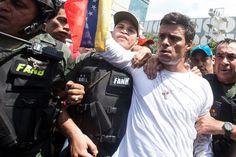 Leopoldo López: começa julgamento do opositor de Nicolás Maduro, na Venezuela | #DitaduraChavista, #LeopoldoLópez, #NicolásMaduro, #Venezuela, #VitorVieira