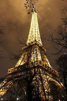 Tour Eiffel in winter