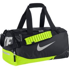 Nike Mens Vapor Max Air Duffel Bag Nike Max Air Va Duffel Bag is a lightweight, durable and water-resistant bag built to hold your sports gear. Adidas Shoes Outlet, Nike Shoes Cheap, Running Shoes Nike, Cheap Nike, Nike Duffle Bag, Duffel Bag, Backpack Bags, Nike Sports Bag, Nike Bags