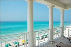 'Destin Dreamer' 4BR Luxury!  Gulf Front, Right Across the Street from Pool, WOW