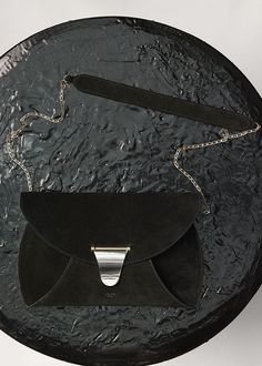 Clutch Chain Bag Handbag in Calfskin and Lambskin Lining - Céline