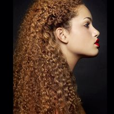 Finally we can answer your #1 question. How can I achieve this models' look? Get this look with our color 6 kinky 3b3c available tomorrow !!!!! #onyc #onychair #goldencollection #coloredhair #onyckinky #kinky3b3c